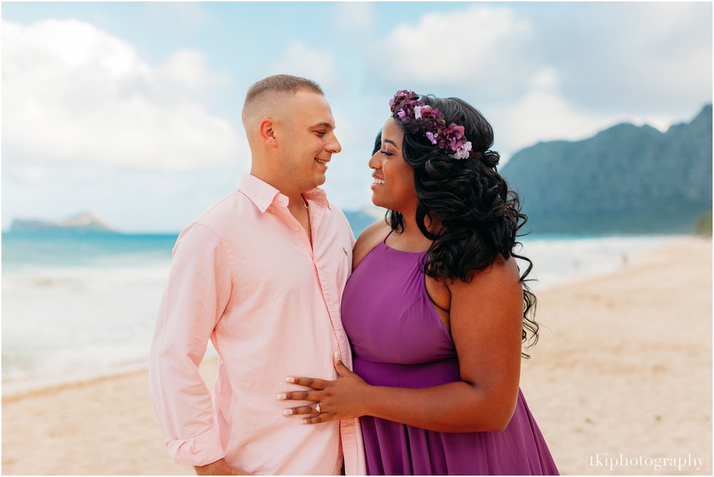 Couples-Session-Hawaii-Sherwoods-Forrest_0007.jpg