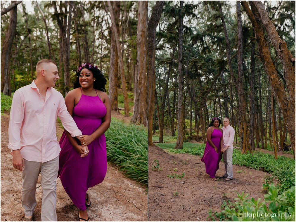 Couples-Session-Hawaii-Sherwoods-Forrest_0005.jpg