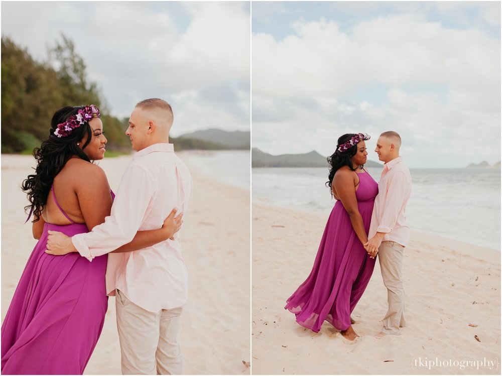 Couples-Session-Hawaii-Sherwoods-Forrest_0008.jpg