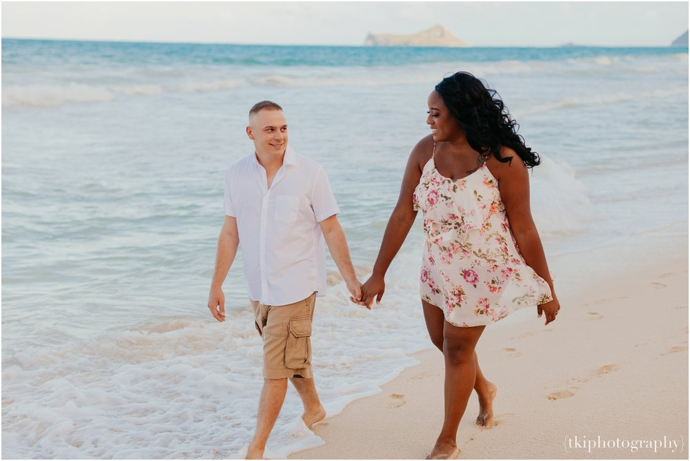 Couples-Session-Hawaii-Sherwoods-Forrest_0012.jpg