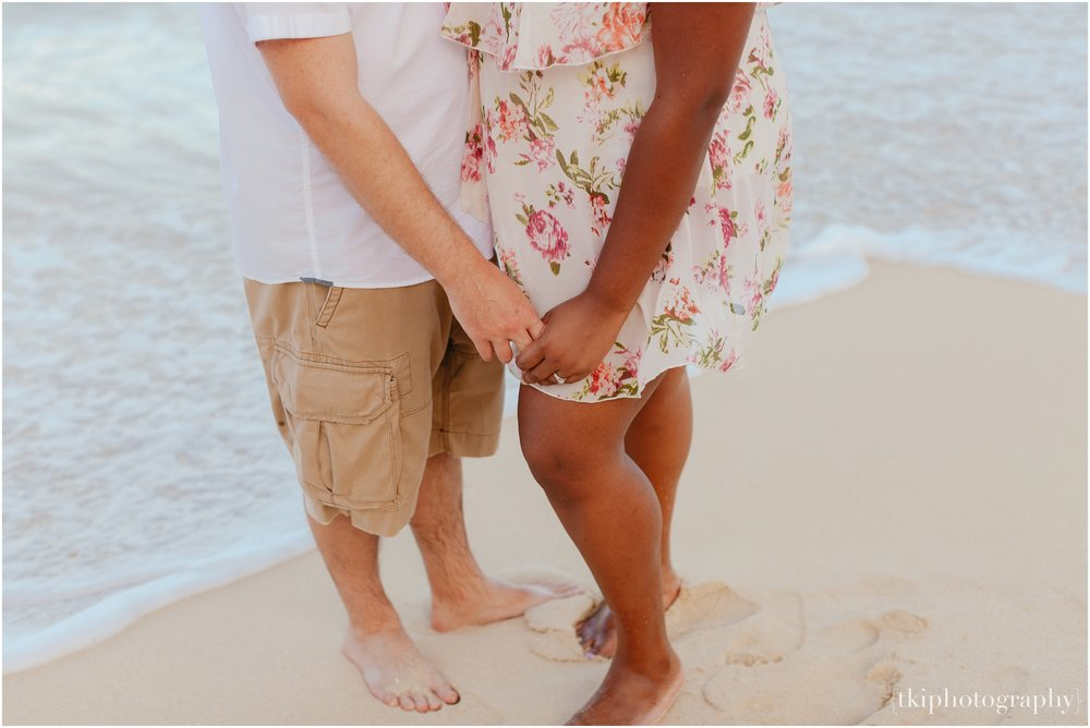 Couples-Session-Hawaii-Sherwoods-Forrest_0013.jpg