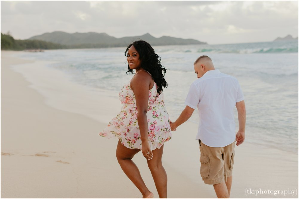 Couples-Session-Hawaii-Sherwoods-Forrest_0015.jpg