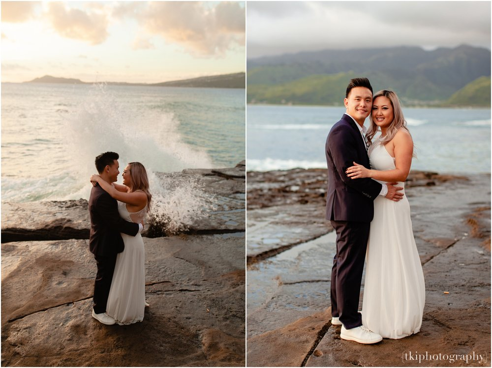 Couples-Session-Hawaii-at-sunset-cliffside_0019.jpg