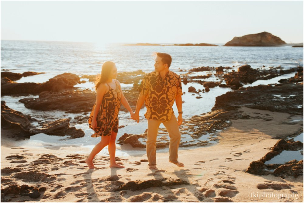 Laguna-Beach-Couples-Session-sunset-on-the-beach_0017.jpg