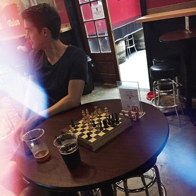 Beer and chess = yes. #tapthecapital #war
