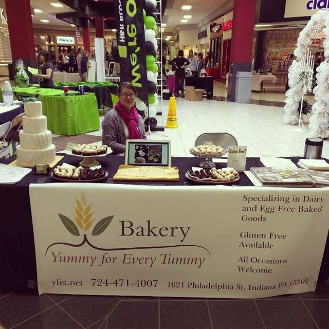 Our table at the Indiana Mall Bridal Show a few weeks ago.  It was a huge success! #vegan #glutenfree #dairyfree #eggfree #yfetbakery #indianapa #wedding #birthday