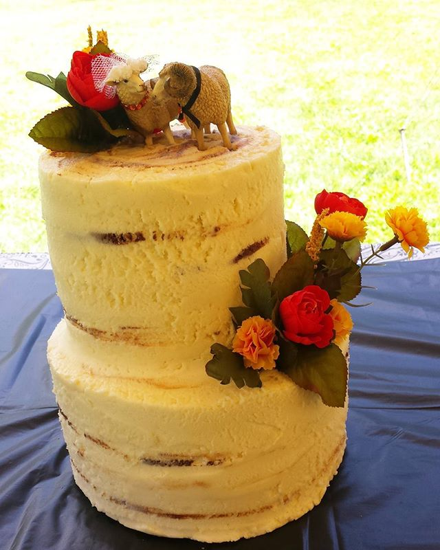 Birch bark effect with buttercream. The poor little sheep would not stand up! Almond cake with Almond icing #glutenfree #eggfree #dairyfree #vegan #wedding #cake