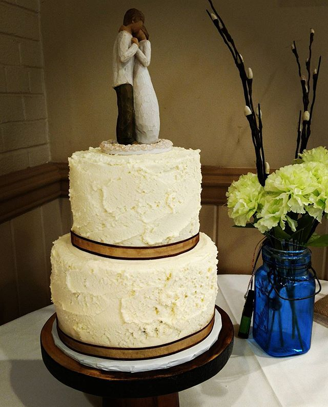A rustic double almond wedding cake.  #yfetbakery #vegan #glutenfree #eggfree #dairyfree #wedding #cake