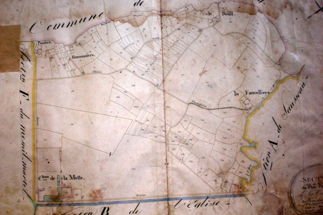 This French cadastral map from 1817 shows land holdings in Joue de Plain, and is an early example of the form that modern cadastral maps took in the Napoleonic era. Image courtesy of Wikimedia Commons.