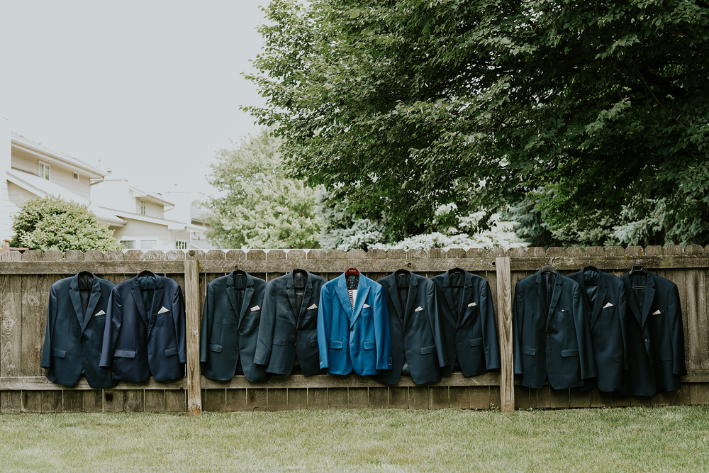 mr-mrs-hull-groomsmen-jackets-desmoines-iowa-raelyn-ramey-photography-101.png