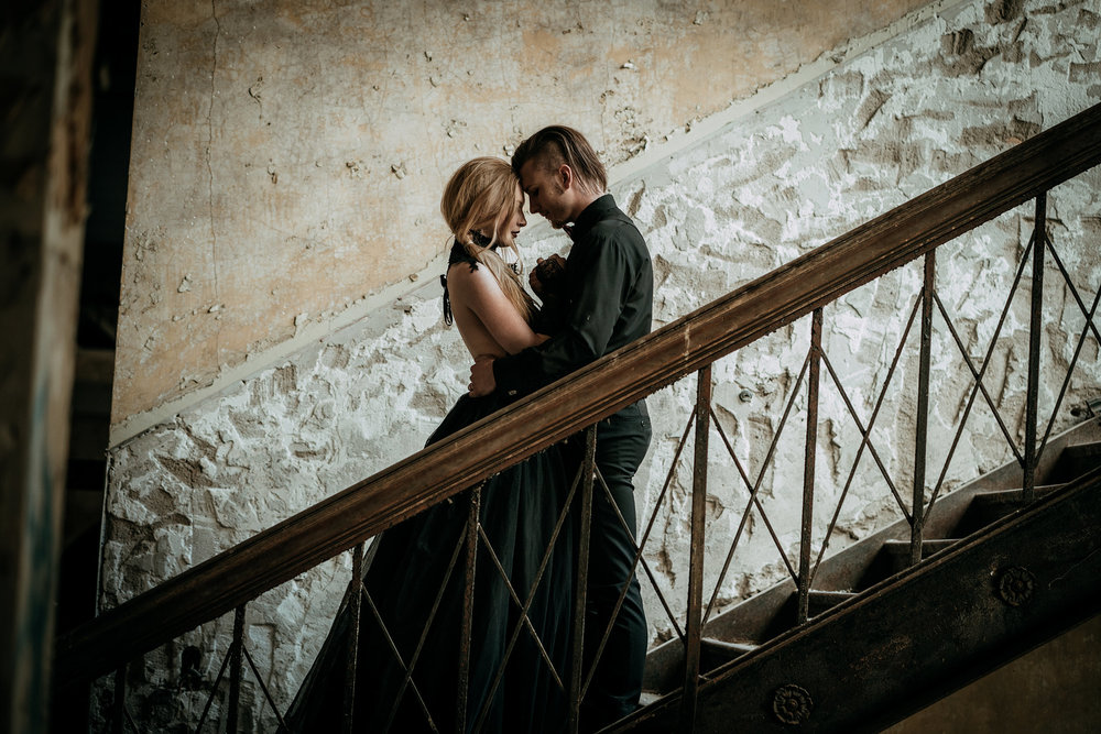 couple-first-look-abandon-staircase-burlington-iowa-gothic-wedding-elopement-raelyn-ramey-photography-107.jpg