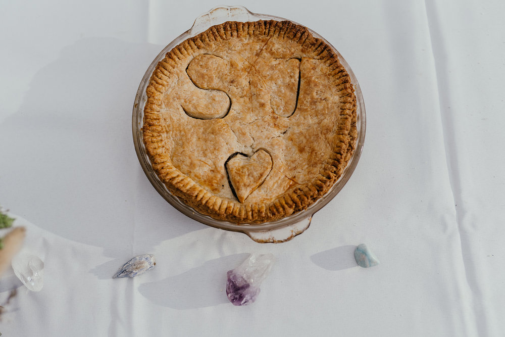 wedding-pie-and-crystals-double-a-barn-grand-lake-colorado-raelyn-ramey-photography-552.jpg
