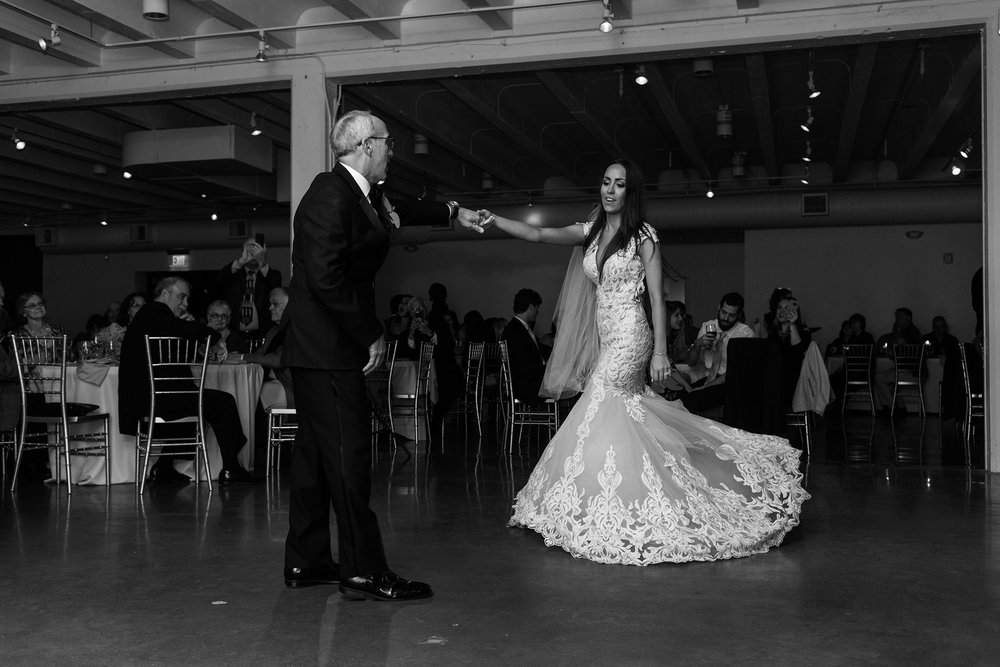 father-daughter-dance-spinning-bride-founders-one-nine-omaha-nebraska-raelyn-ramey-photography.jpg