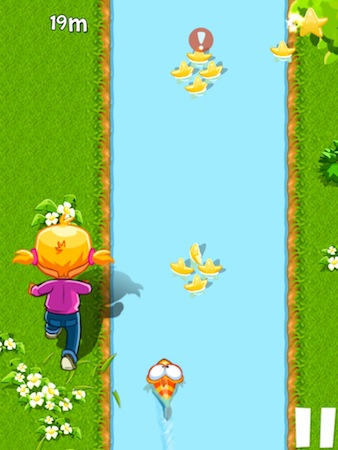 Chasing Yello Review - Being chased by Mathilda, Yello tries to swim as far as she can.