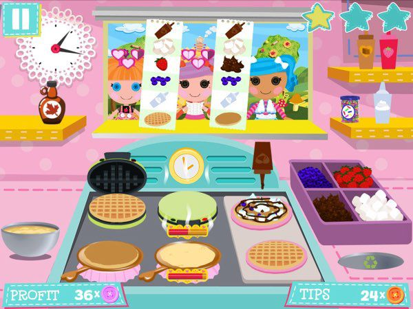 Lalaloopsy Diner is not just about flipping burgers and hotdogs, you can also serve pancakes and waffles too.
