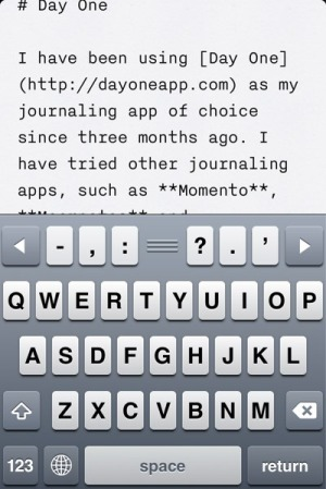 iA Writer review - iA Writer on iOS provides keyboard shortcuts, Dropbox and iCloud sync, in-app Trash repository and Preview mode.