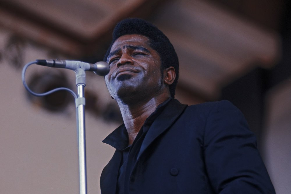 James-Brown-56a7d8435f9b58b7d0ee644d.jpg