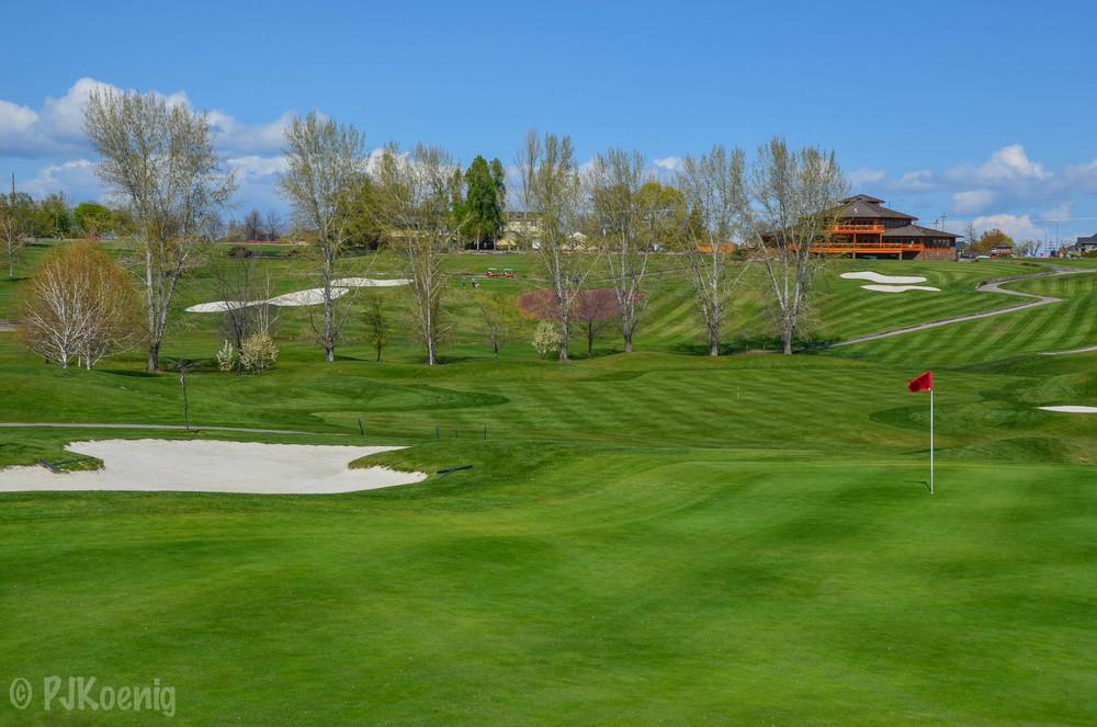 Apple Tree Golf Resort1-2.jpg