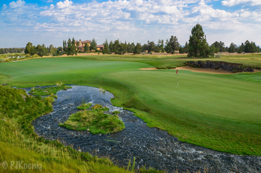 The 6th hole at Fazio's course at Pronghorn