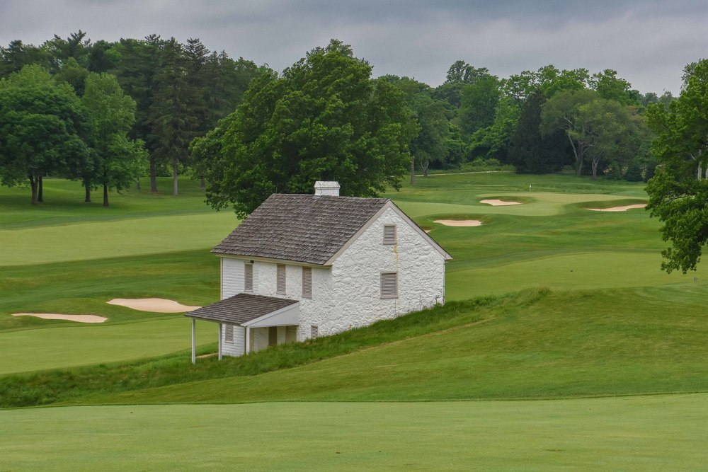An old caddy shack between 7 and 11 adds some character to the golf course.