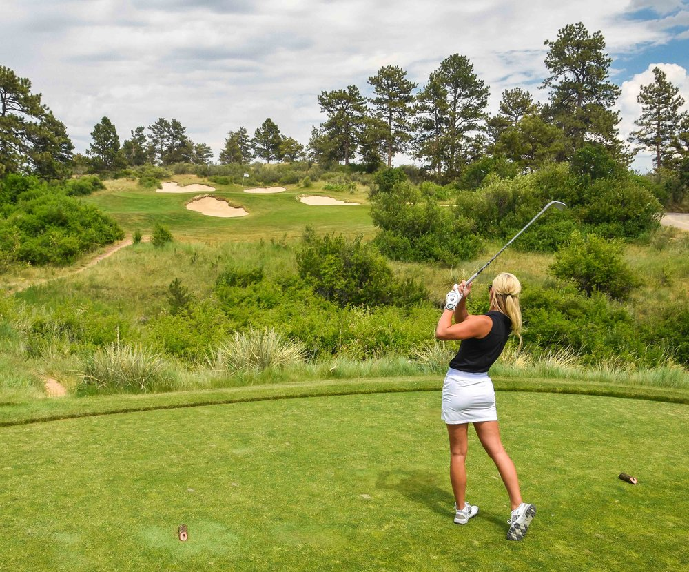 The short 2nd hole kicks off the par 3 fun at Colorado Golf Club.