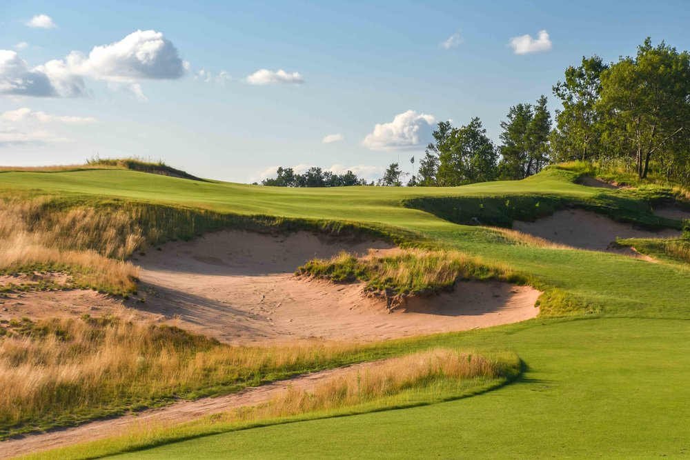 It's tough to make an uphill par 3 look this good.  Coore & Crenshaw  have figured things out at Sand Valley
