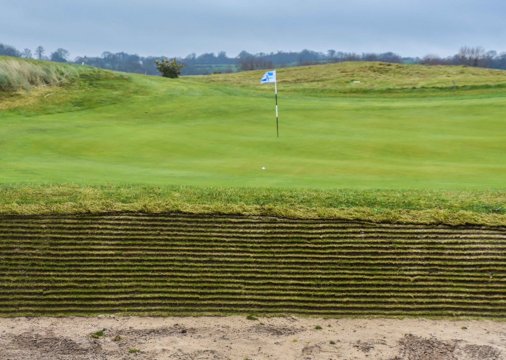 I love a good riveted bunker.