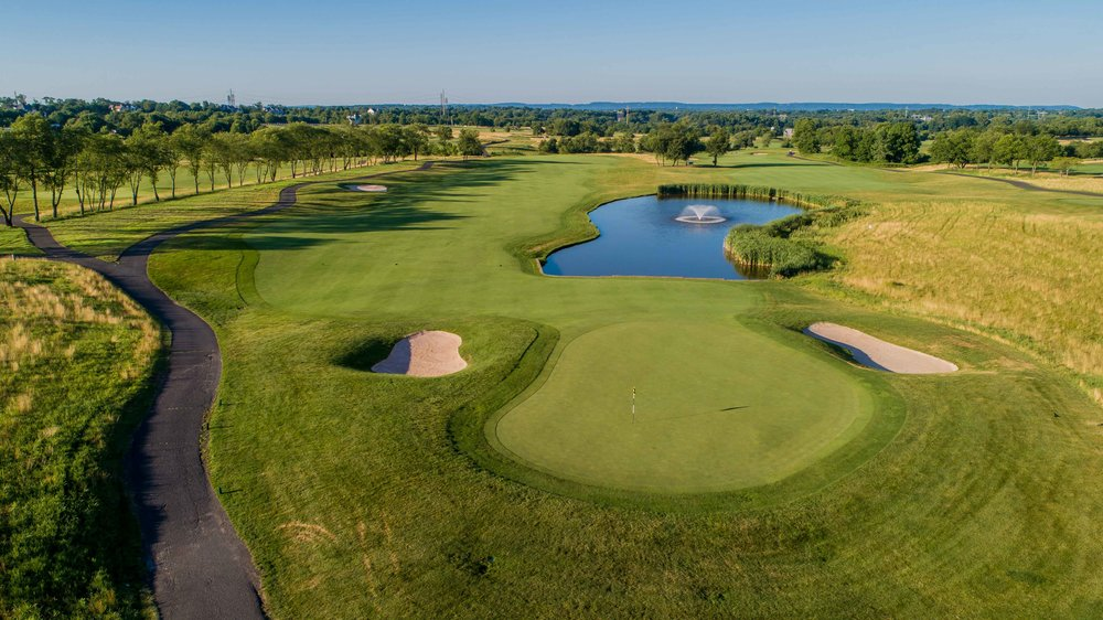 Neshanic Valley has 2 18 hole tracks and a short 9 for the public to enjoy.