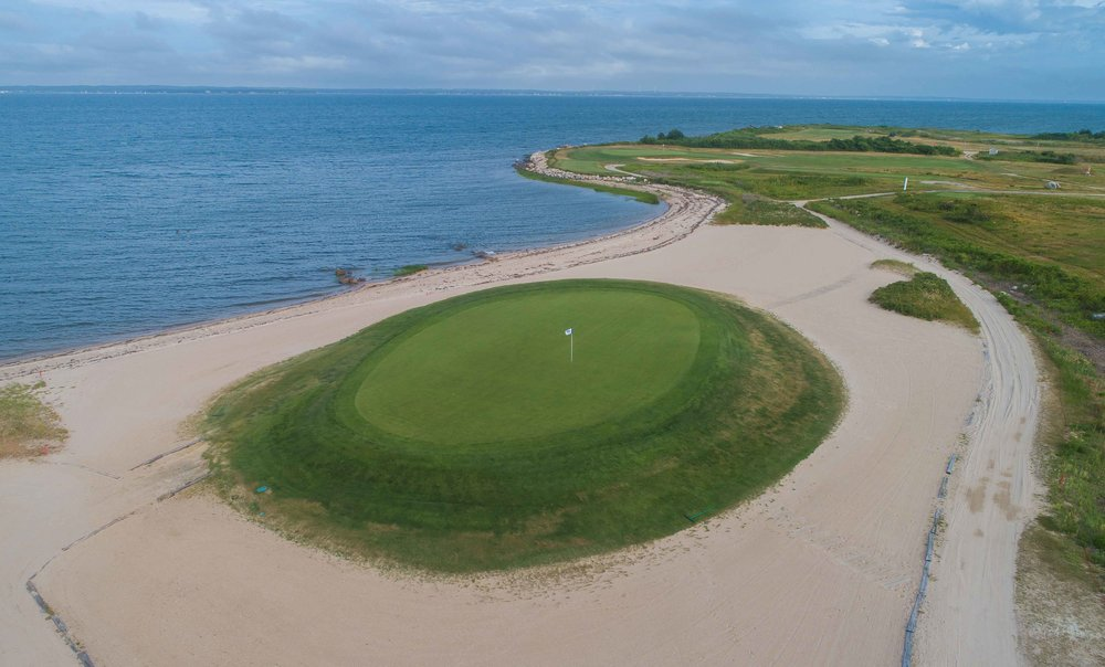 The 3rd hole at Kittansett is right on the beach!