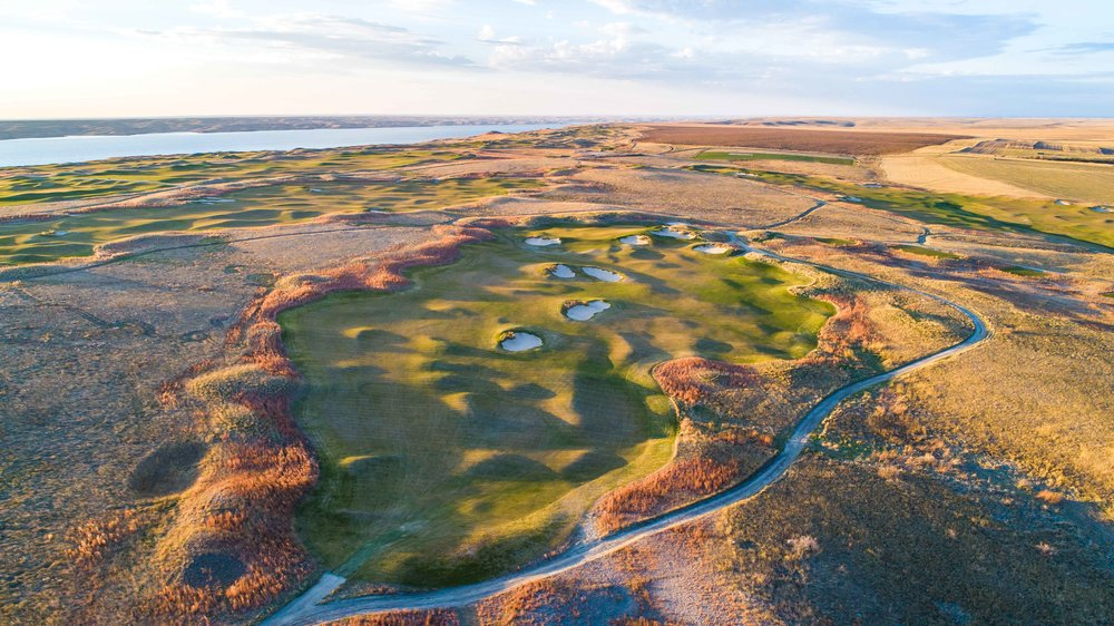 Options abound on the 12th hole at Sutton Bay.