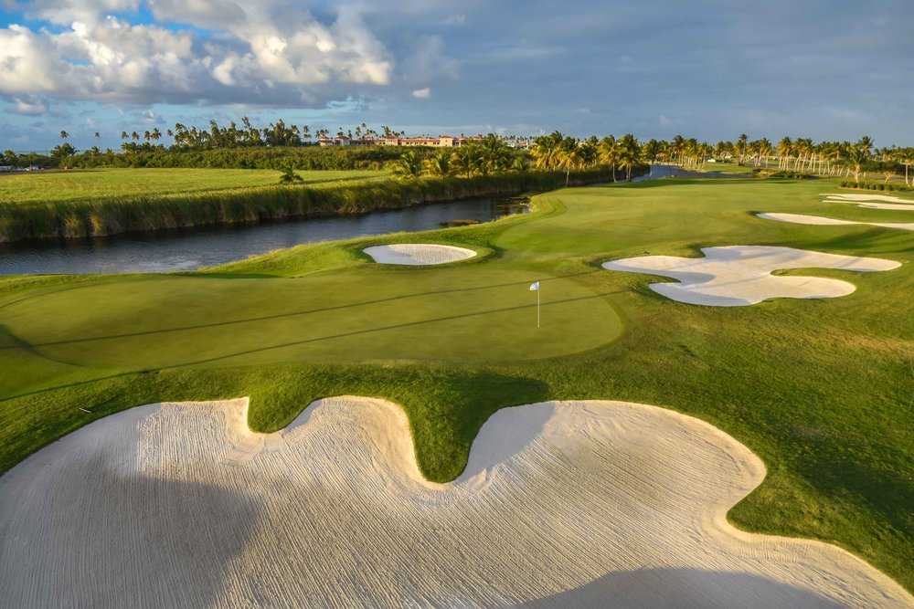 The 17th hole at Coco Beach Golf & Country Club