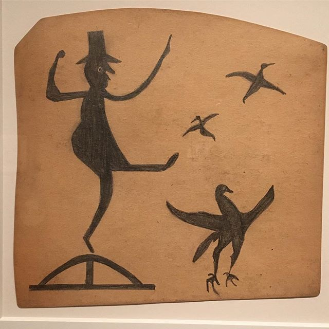 Bill Traylor, just some of the many extraordinary drawings in the exhibition Between Two Worlds at @smithsonian. A must-see exhibition and with an exhaustive catalog to accompany it. #billtraylor #betweentwoworlds