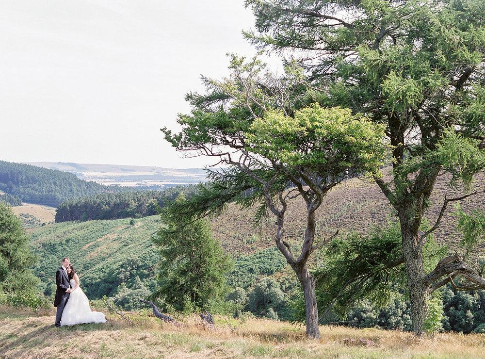Lucy_Davenport_Photography_Robbins_Drumtochty_Castle-329.jpg