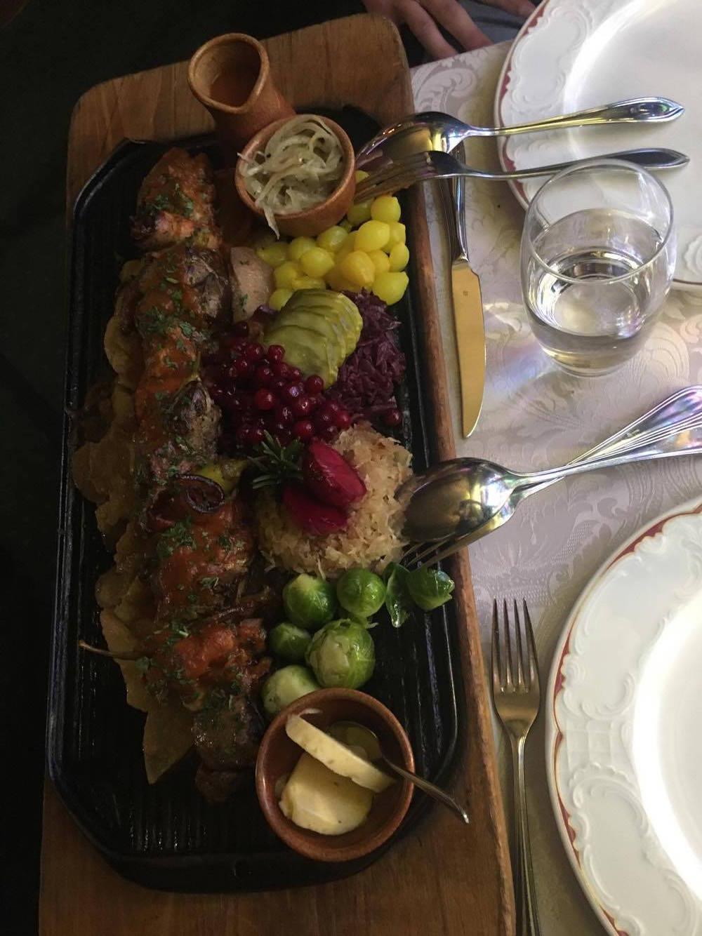 saslik_restaurant_poseland_alona