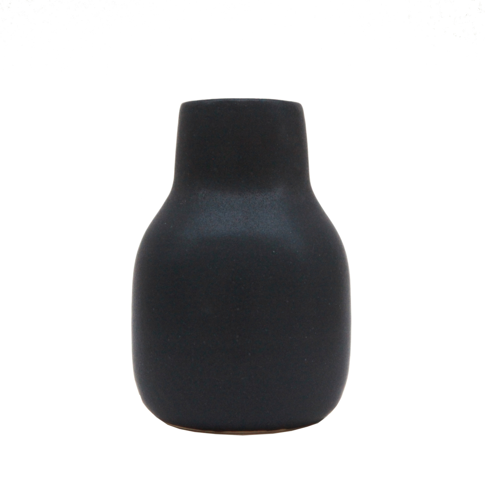 Medium Vase, Oil Black