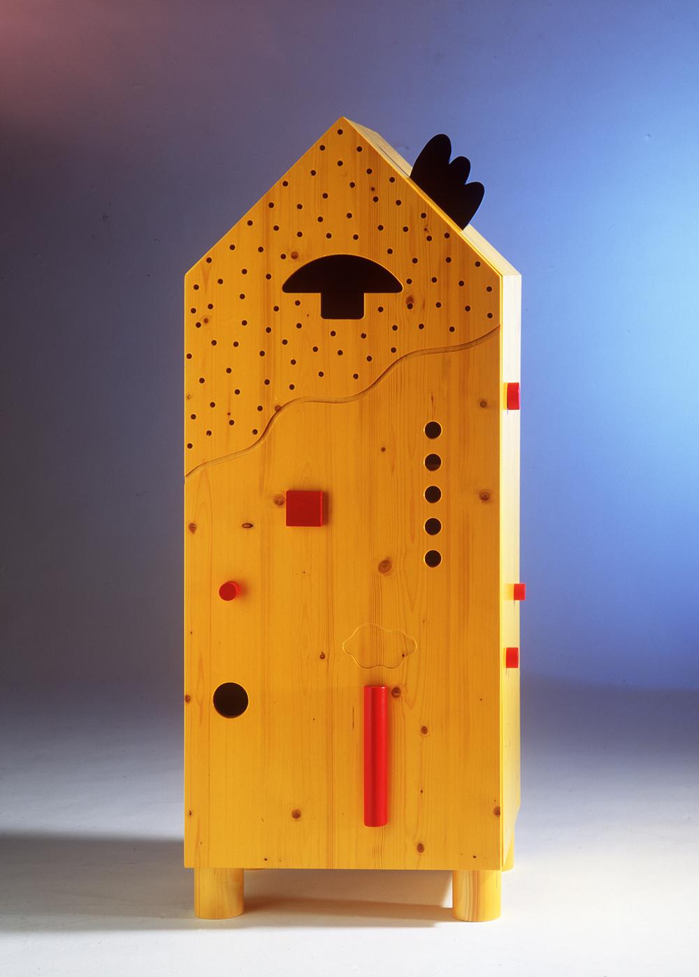 Hausschrank gelb.jpg