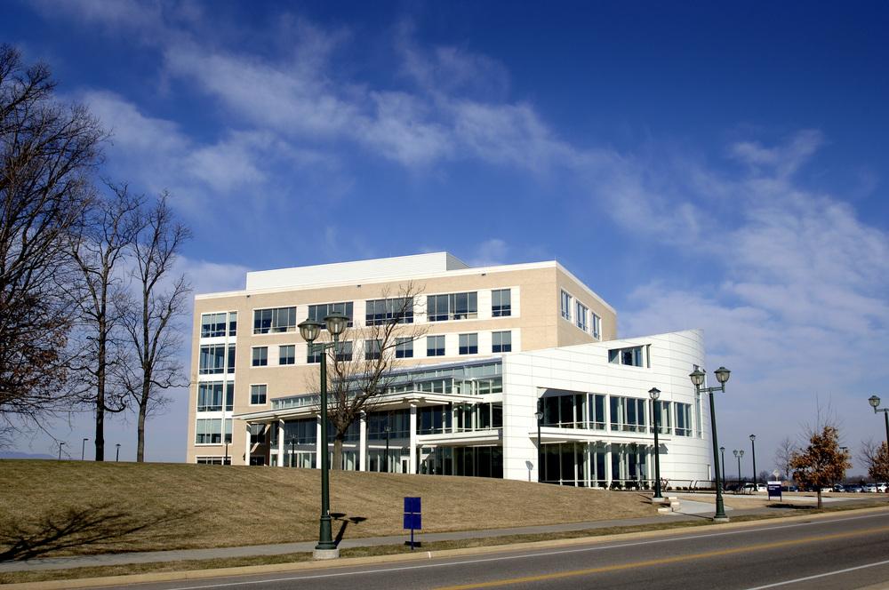 JMU CISAT Library & Dining Hall Exterior