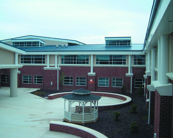 Harrisonburg High School Exterior