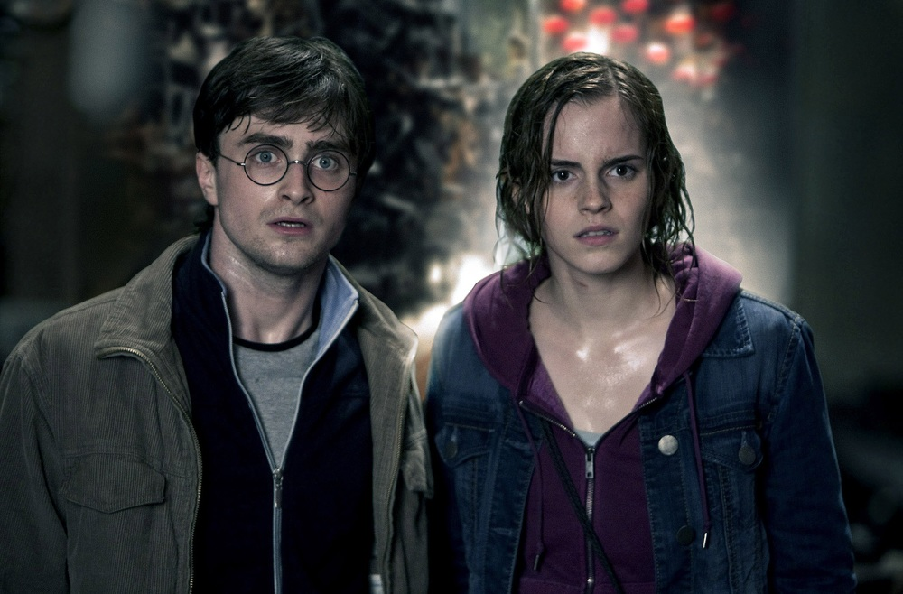 "<a href=""http://www.totallyemmawatson.com/gallery/acting-career/harry-potter-and-the-deathly-hallows-part-2/promotional-stills"">Promotional Stills</a>"