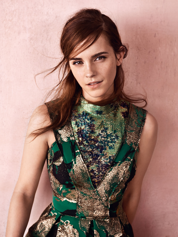 "<a href=""http://www.totallyemmawatson.com/gallery/photo-shoots/2015/british-vogue"">British Vogue</a>"