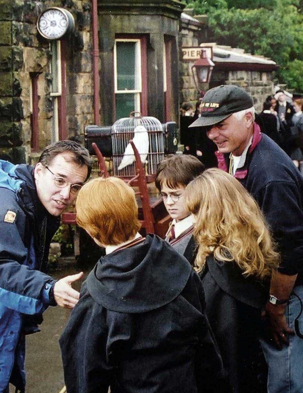 sorcerers-stone-on-set-03.jpg