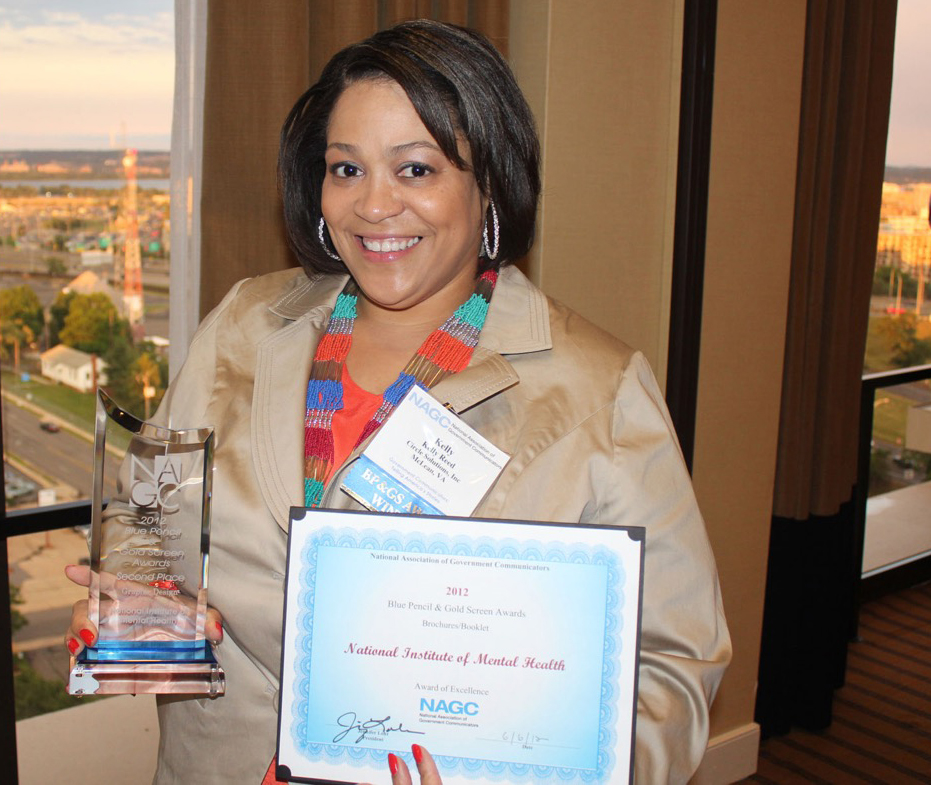 Kelly_Award_2012_Cropped.jpg