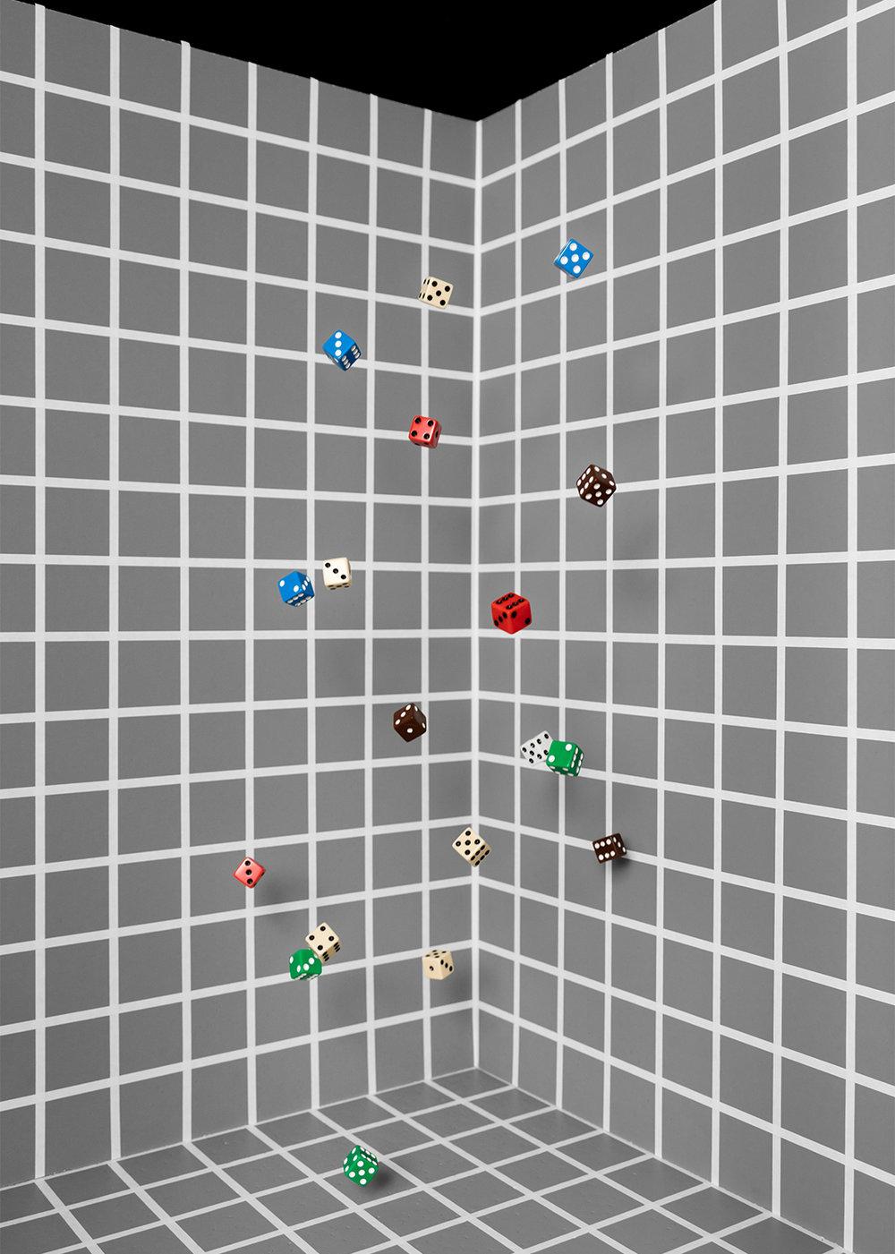 Dice Toss (Gray Grid)