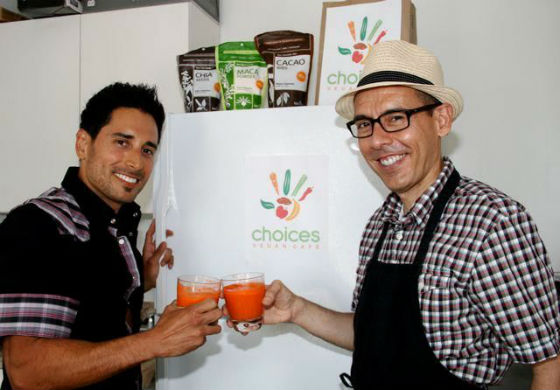 The Cuevas brothers have set the tone by placing ethics higher than profit through their decision to use organic ingredients because they believe their clients and their health are worth it.  Not only do they support local but they also run their business as ethically as possible, using compostable and plant-based containers and utensils and by making the smallest footprint as possible.  Photo courtesy of Choices Organic Café.