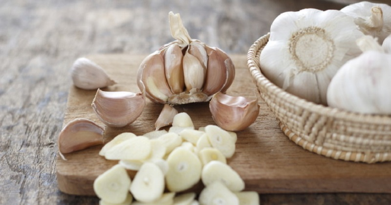 To get the greatest health benefits from garlic, allow it to sit for 10 minutes after slicing/mincing, before cooking to allow the allicin (the major biologically active component of garlic) to form.  Image source www.davidwolfe.com