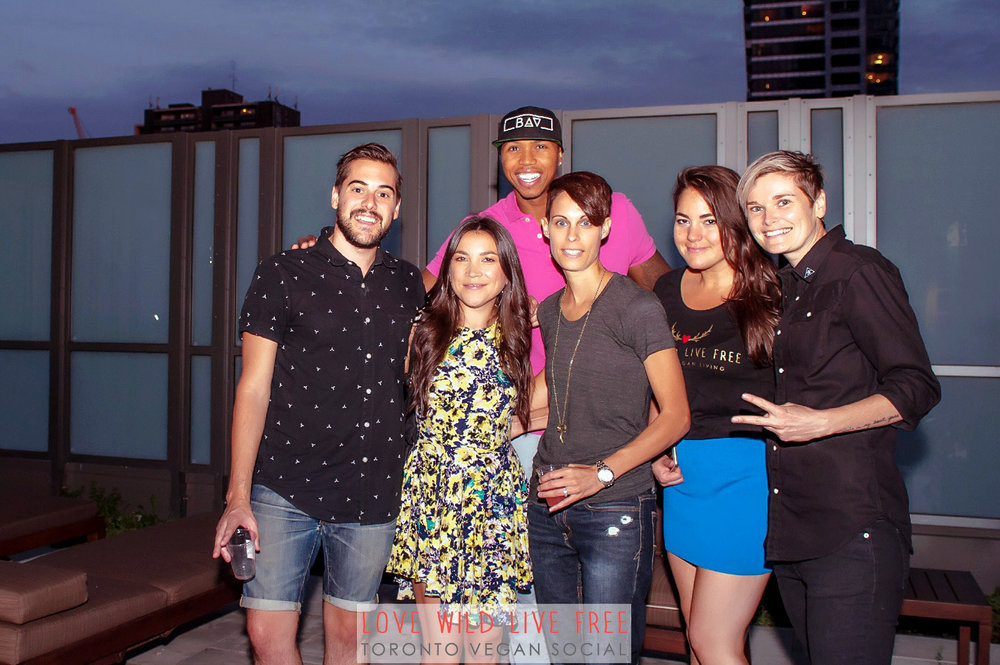 Love Wild Live Free Vegan Social 2016. From left: John Diemer and Lauren Toyota of hot for food, John Lewis aka the Bad Ass Vegan and clothing designer, Anne-Marie Campbell aka the The Meat Free Athlete, Avra Epstein of Love Wild Live Free and Jacky Wasserman of BEETxBEET. Photo by: LOF Photography.
