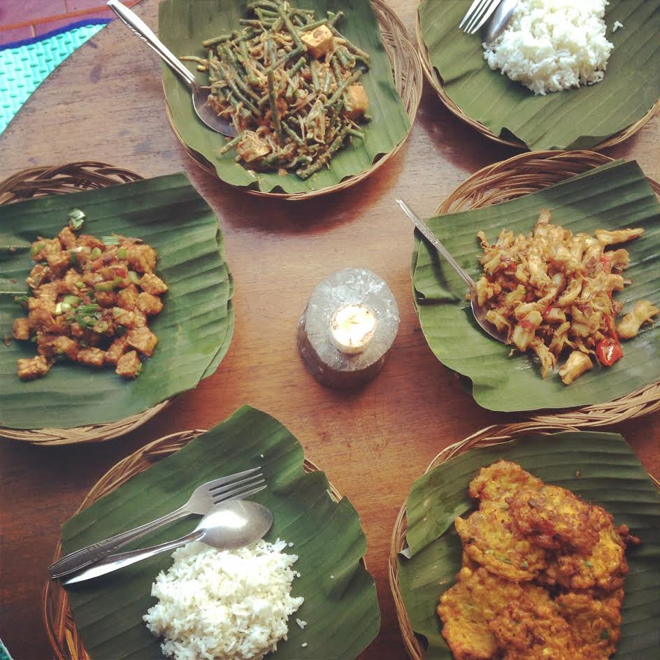 Some of the delicious, Balinese food that Cassandra cooked up during a cooking class where including vegetable dishes with rice, fried tempeh and chickpea flour fritters.  Photo by: Cassandra Ciarallo.