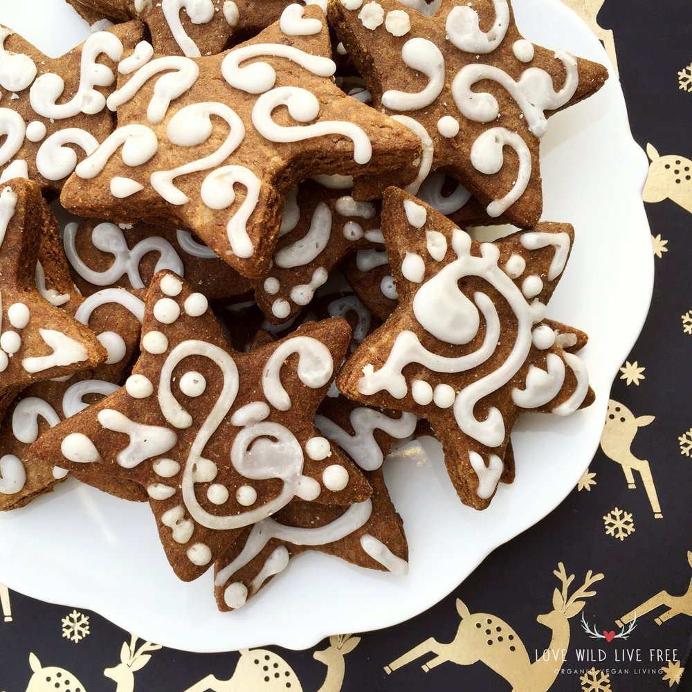Spread the love this holiday season with Vegan Molasses Shortbread Cookies (gluten-free option).