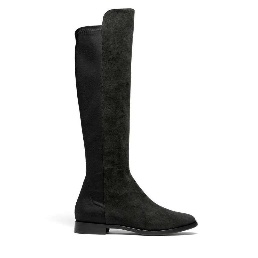 I am always in search of stylish, warm, vegan boots and my prayers were answered with this stunning pair of Black Alcantara Under the Knee Boots by Opificio V. Fitted with a low heel, Opificio V's black under-the-knee boots look so chic. Made from super soft Alcantara (high end Italian faux-suede) and padded with Thermore insulation (composed of 50% recycled fibers) to keep your toes warm.