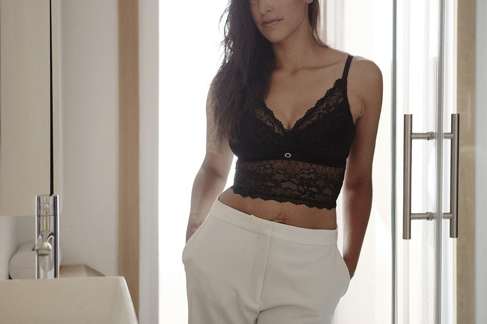 This luxuriously supportive bralette by Mayana-Geneviere®, a Toronto-based high luxe, intimate apparel line, works beautifully as a stand alone piece under a blazer or as a layering item. This bra supports a wide range of sizes and undetectable nursing capabilities.  Mayana Genevière® is proud to be the official sponsor of Maternal Goddess®, a non-profit organization of industry experts who are dedicated to providing education and awareness towards the changes and challenges women experience postpartum. As part of the philosophy to enhance women's postnatal recovery experience, a portion of every purchase from Mayana Genevière® is contributed to advancing the Maternal Goddess® Mission.